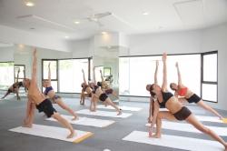 Bikram Yoga 03