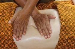 ampuku-massage