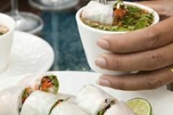 raw-rice-paper-rolls